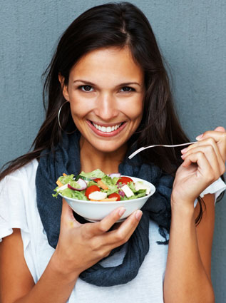 Sayuran dan buah segar menjadi sumber serat yang penting dalam proses pencernaan. Buah dan sayur juga mengandung vitamin dan mineral tinggi.