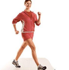 Jalan kaki cepat untuk membakar lemak tubuh.