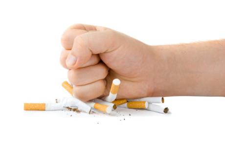Gaya hidup sehat untuk jantung dan paru-paru, adalah berhenti merokok.