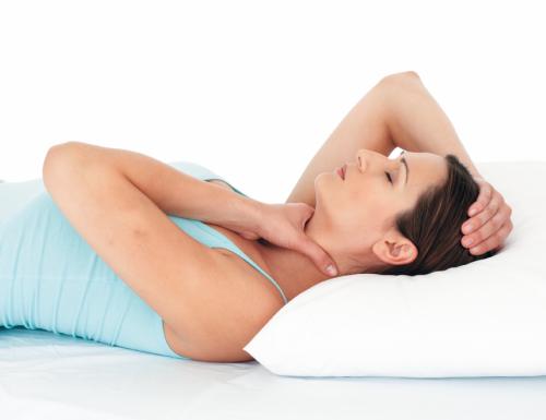 Ada keluhan penyakit, Anda bisa bertindak sebagai pasien sekaligus praktisi reiki lewat praktek Self Healing Reiki.