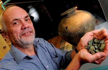 Temuan uang logam kuno diperkirakan berasal dari Kerajaan Mercia.