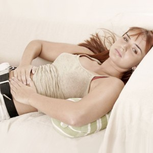 Waktu istirahat yang cukup untuk tubuh bisa membantu menjaga keseimbangan hormon dan membuat siklus haid teratur dan berjalan dengan normal. Jam tidur yang kacau bisa membuat sistem tubuh tidak bekerja sebagaimana mestinya.