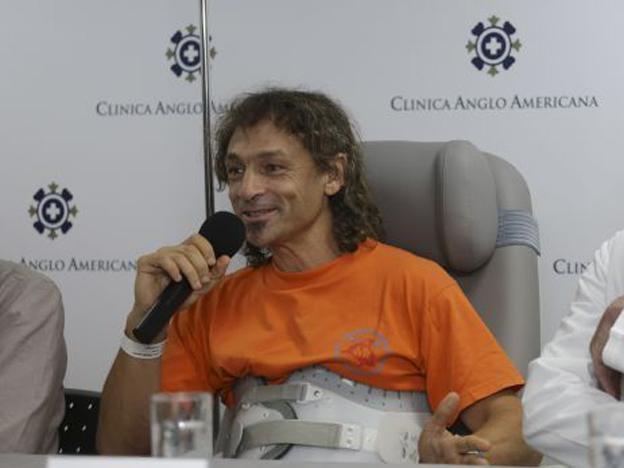 Lopez Tercero hanya cedera tulang punggung, memberikan keterangan kepada wartawan, saat dimintai keterangan soal kemampuan bertahan Lopez dalam gua selama 12 hari.