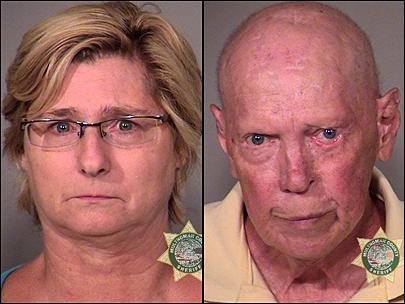 Irina Walker dan John Walker telah ditangkap karena dicurigai operasi cincin adu ayam ilegal ( Gambar : Kantor Multnomah County Sheriff.
