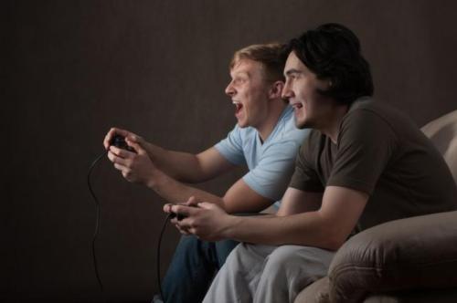 Hanya 15 menit bermain video game bersama-sama dapat mengubah orang menjadi teman-teman, meningkatkan empati mereka satu sama lain, menurut sebuah studi baru.