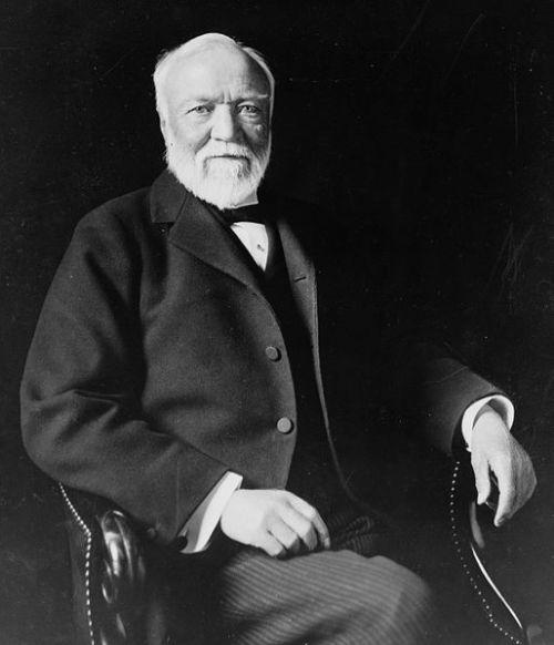 Andrew Carnegie pendiri Universitas Carnegie Mellon tahun 1900.
