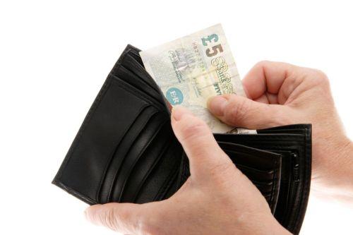 Duit dalam dompet milik Ivica Jerkovic akhirnya kembali padanya setelah 14 tahun hilang. Ada uang tambahan sebesar 1.500 frank Swiss disertakan dalam paket kiriman ini.