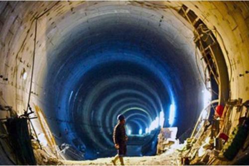 Pembangunan Terowongan Marmaray, Turki. (Foto:alarabiya.net). ISTANBUL ...
