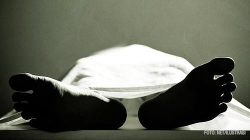 Saat pemeriksa medis mempersiapkan jenazahnya untuk dibawa ke kamar mayat, pria itu mulai menggerakkan lengan kiri dan kaki kanannya.
