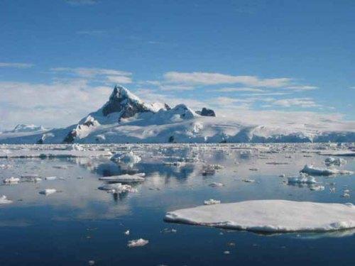 Selain itu, jika emisi global karbon dioksida tidak dibatasi maka tingkat kenaikan permukaan air laut tahun 2100 bisa jauh lebih tinggi dari perkiraan yang .