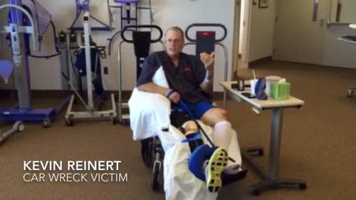 Kevin Reinert saat perawatan di rumah sakit. Foto by AP.