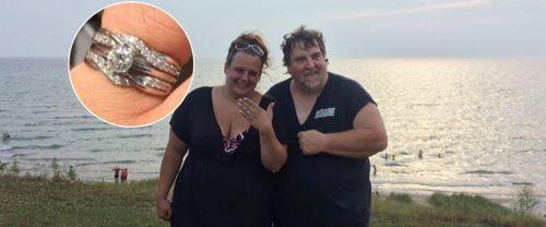 FOTO : cincin pertunangan Jamie Kennedy dikembalikan setelah hilang selama dua hari di Danau