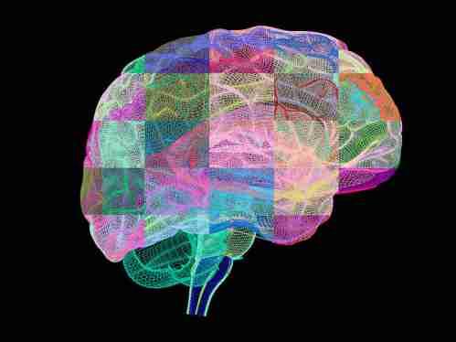 """Sebuah obat yang menghancurkan plak protein karakteristik yang membangun dalam otak pasien Alzheimer menunjukkan """"menggoda"""" janji, para ilmuwan mengatakan."""