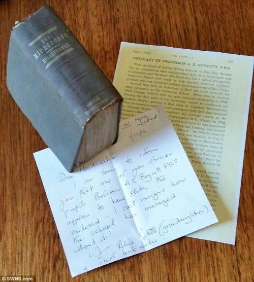 Lebih baik terlambat daripada tidak pernah - buku perpustakaan kembali 130 tahun terlambat