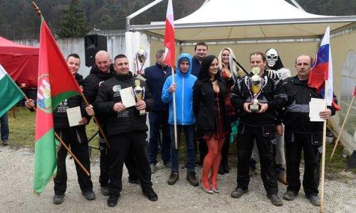 Dua bersaudara, Ladislav ( 43 ) dan Csaba Skladan ( 41 ), dari Slowakia tampil juara.