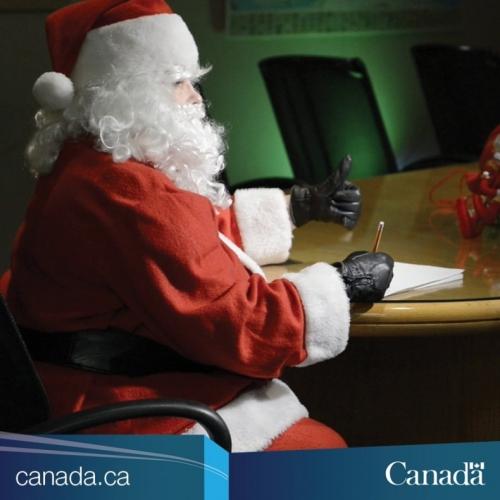 Santa Clause melengkapi ujian pilotnya di Ottawa beberapa hari sebelum Natal pada bulan Desember 2016. Foto milik Transport Canada.